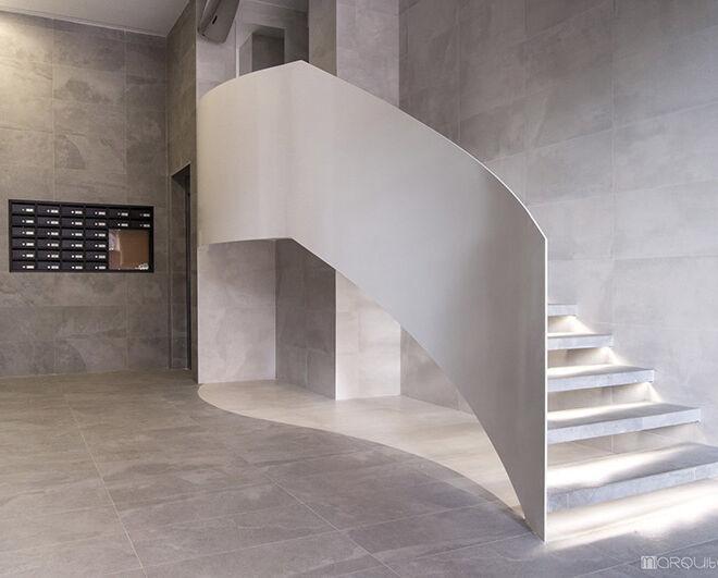 escalera-lateral-portada